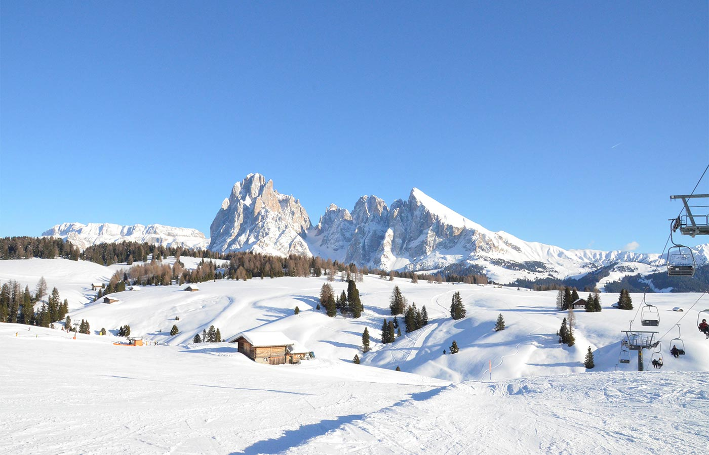 View on the ski slopes around the Apartments in Selva Val Gardena