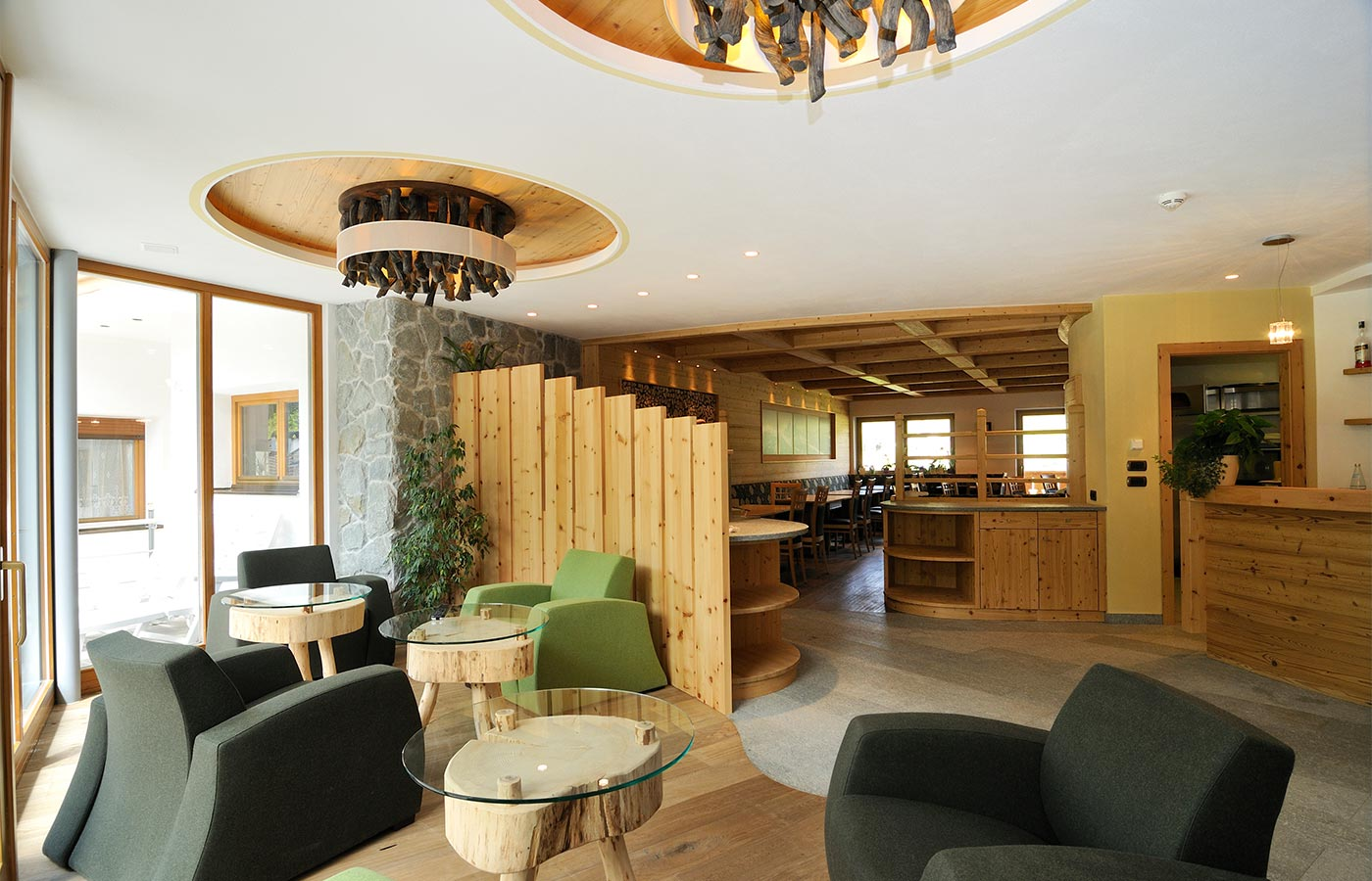 Details of the dining room of the Hotel in Selva Val Gardena